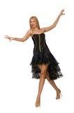 Mädchen des blonden Haares im schwarzen Abendkleid an lokalisiert Stockfotografie