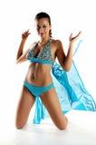 Mädchen in einem blauen Badeanzug Stockfoto