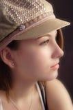 Mädchen in einem Hut Stockbild