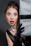 Mädchen in einem schwarzen Kleid Lizenzfreies Stockfoto
