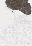 Mädchen in einer Spitzebluse stockbild
