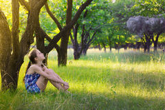 Mädchen am Garten Lizenzfreie Stockfotos