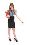 Mädchen hält das rote Buch an Spezifiziert auch Hand eine Richtung lizenzfreie stockfotografie