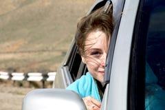 Mädchen im Auto Lizenzfreie Stockbilder