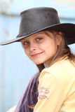 Mädchen im Cowboyhut Lizenzfreie Stockfotografie