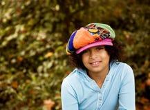 Mädchen im flippigen Hut stockbilder