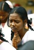 Mädchen im Gebet lizenzfreie stockfotos