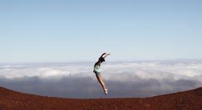 Mädchen im Himmel Stockfotos