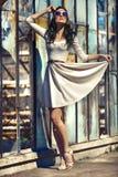 Mädchen im Kleid stockfotos