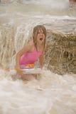 Mädchen im Ozean Stockbilder