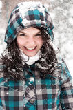 Mädchen im Schnee stockfotografie