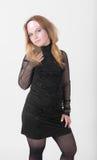 Mädchen im schwarzen Kleid Lizenzfreie Stockbilder