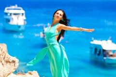 Mädchen im Urlaub lizenzfreies stockbild