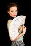 Mädchen im viktorianischen Kleid mit Fan in ihrer Hand Lizenzfreie Stockbilder