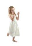 Mädchen im Weiß Stockbild