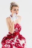 Mädchen im Weinlesekleid überrascht Stockfoto