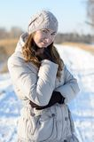 Mädchen im Winter. Stockfotos