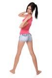 Mädchen kurz gesagt zum Äußersten auf einem Weiß Lizenzfreie Stockfotos