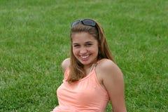 Mädchen-Lächeln Stockbild