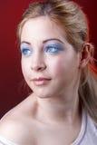 Mädchen mit ätherischem rosa Make-up an Stockfotografie