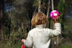 Mädchen mit Ball Stockbilder