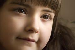 Mädchen mit braunen Augen stockfoto