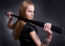 Mädchen mit dem Baseballschläger Lizenzfreie Stockfotos