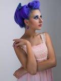 Mädchen mit dem blauen Haar Lizenzfreies Stockfoto