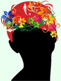 Mädchen mit dem Blumenhaar Stockbild