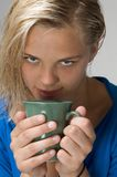 Mädchen mit dem Cup Stockfotografie