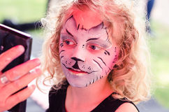 Mädchen mit dem Facepainting Lizenzfreies Stockbild