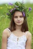 Mädchen mit dem Wreath Stockfoto