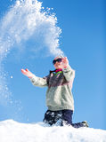 Mädchen im Schnee Stockbild