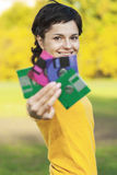 Mädchen mit Disketten stockfoto