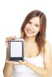 Mädchen mit Ebuch auf weißem Hintergrund stockfotos