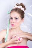 Mädchen mit Eibisch, Make-upart-Schönheitsphantasie Stockfotografie