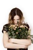 Mädchen mit einem Blumenstrauß Lizenzfreies Stockfoto