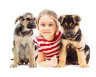 Mädchen mit einem Schäferhund Lizenzfreie Stockbilder