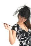 Mädchen mit einem Schleier und einer Zigarette Lizenzfreie Stockbilder