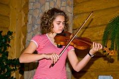 Mädchen mit einer Violine stockbilder