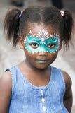Mädchen mit gemaltem Gesicht stockfoto