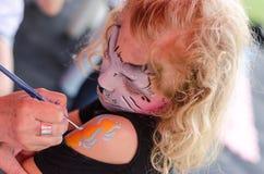 Mädchen mit gemalter Körperkunst Lizenzfreie Stockfotografie