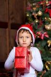 Mädchen mit Geschenken Lizenzfreie Stockfotografie