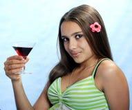Mädchen mit Glas Wein. Stockbilder