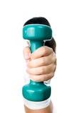 Mädchen mit grünen Dummköpfen in der Hand Lizenzfreie Stockfotos