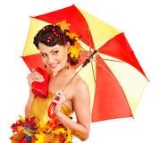 Mädchen mit Herbstfrisur und bilden. Stockbild