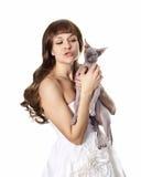 Mädchen mit Katze Lizenzfreies Stockfoto