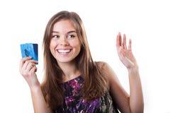 Mädchen mit Kreditkarten Lizenzfreie Stockfotografie