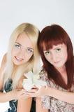 Mädchen mit Lilien stockfotos