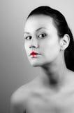 Mädchen mit medizinischem Lippenstift lizenzfreies stockbild